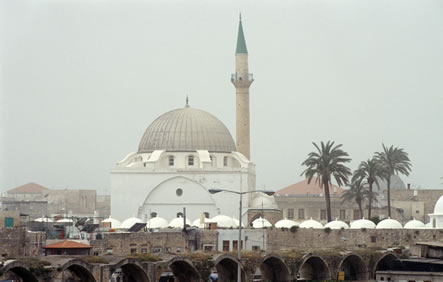 A recent photograph of Al-Jazzar Mosque in 'Akká.