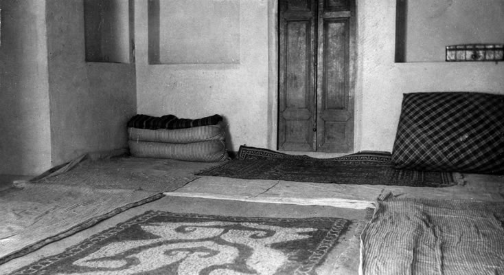 Bahá'u'lláh's room in His house in Takur, Mázindarán, kept in its original condition.